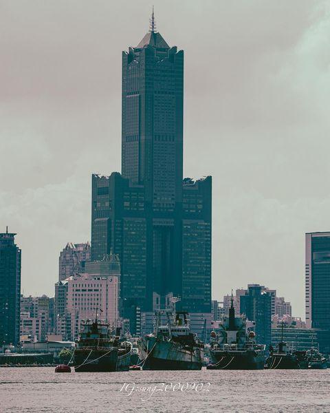 2021/07/17 85大樓 因為有夢,認真過,改變過,努力過。夢想是一個人奮鬥的動力,夢想是一個人動力的源泉。 📷:SONY A7iii #sony #...