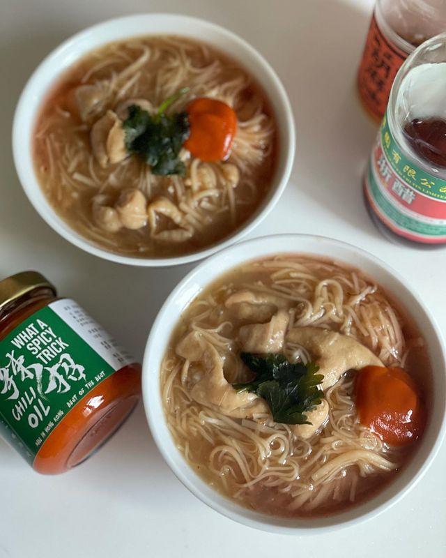阿宗麵線•Ay-Chung Flour-Rice Noodle (with pig intestines) // With my friend helped, I...
