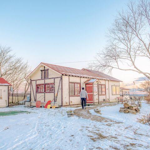 「牛的數量比我們的人口還要多」,在鶴居村的時候,佐知子小姐這樣介紹。 從日本搭乘國內線航班,抵達北海道東邊的釧路後再開車40來分,終於到達丹頂鶴居住的地方。 ...